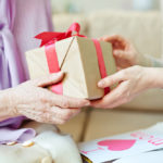 15-gifts-for-elderly